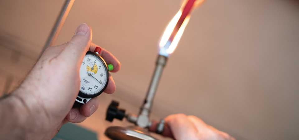Top Glass produce profili pultrusi con elevate proprietà di reazione al fuoco e con bassissima emissione di fumi opachi e/o tossici