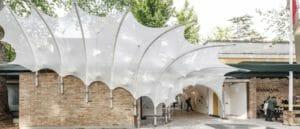 Les profilés TRIGLASS® exposés à la Biennale de l'Architecture